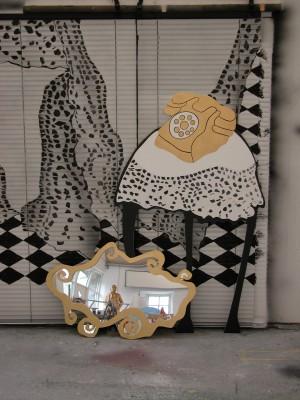 Billede dekorationer kulisser rekvisitter til teater, TV og film