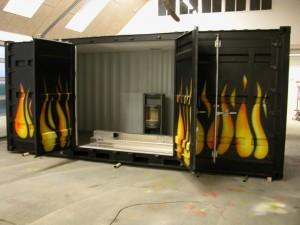 Billede container til brændeovnsudstilling Økolariet i Vejle