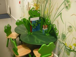 børnemøbler-venteværelse-legerum-læge-hospital-Sommer-Larsen-3