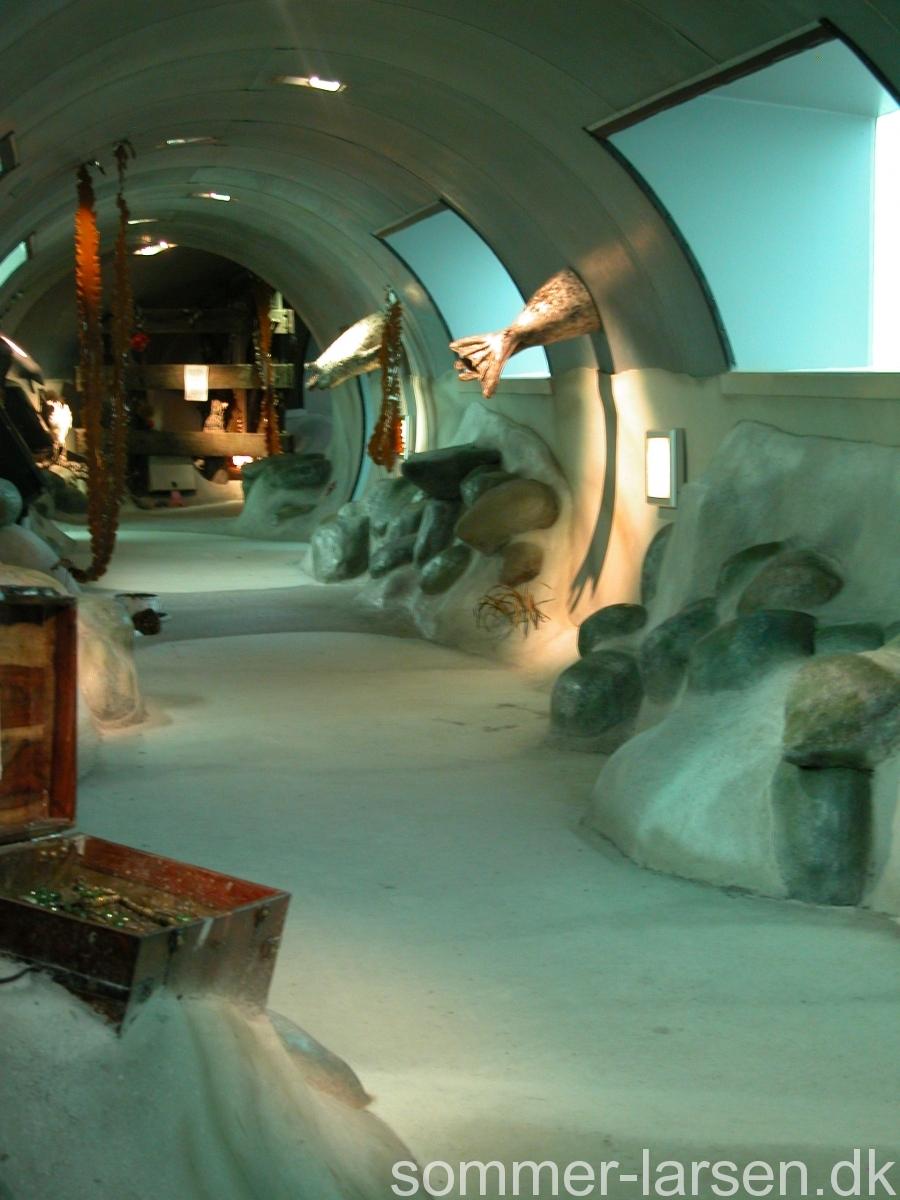 Fjord-bælt-Kerteminde-undervandstunnel-dekoration-Sommer-Larsen