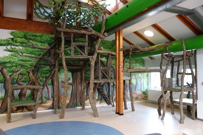 Indretning-institution-legehus-legeplads-indendørs-Vibereden-Ullerslev-Børnehave-vuggestue