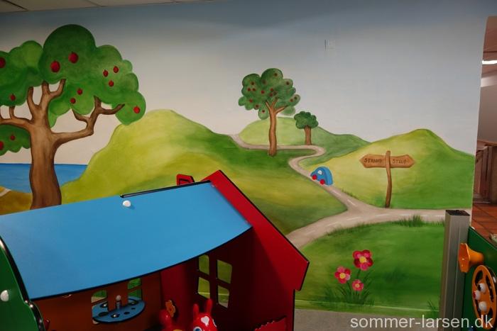 Krisecenter-Odense-Vægmaleri-legerum
