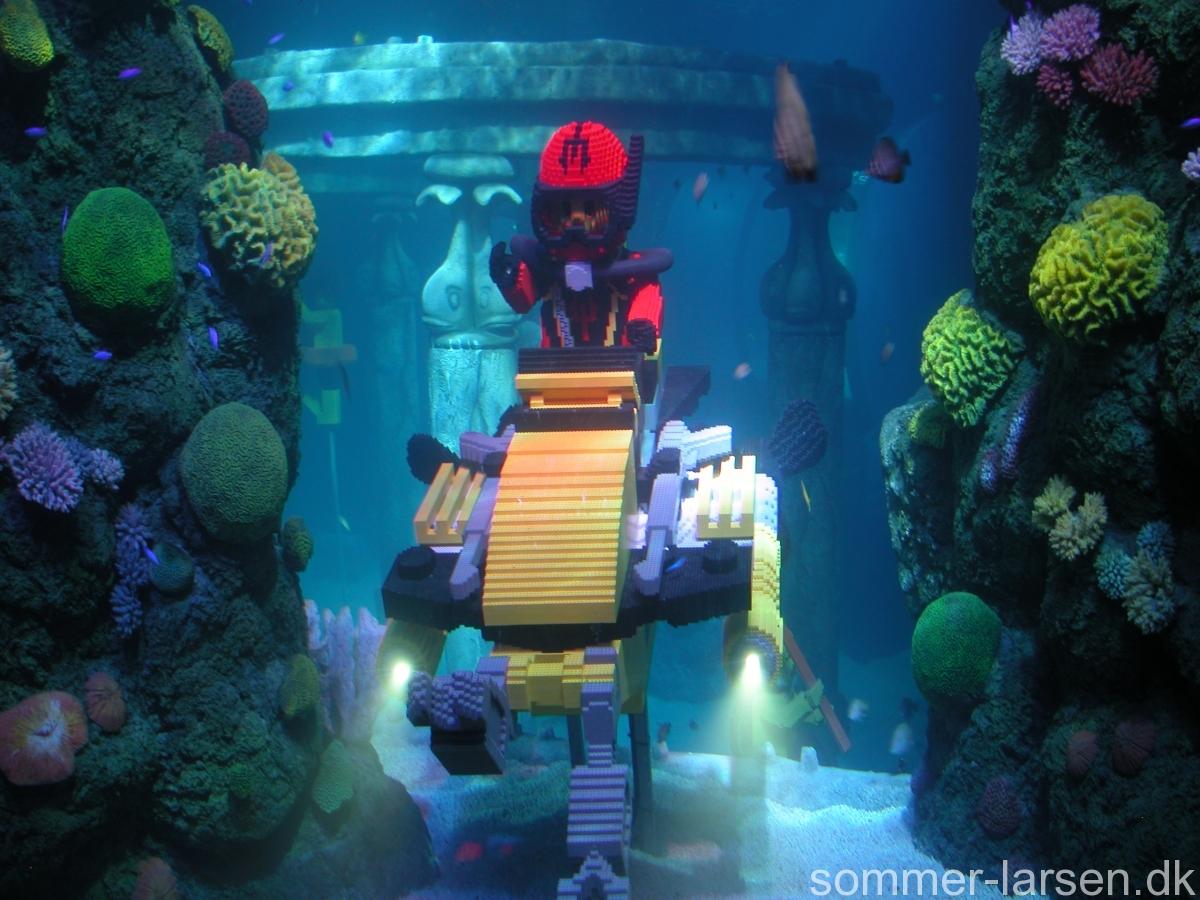 Kulisse-akvarium-Atlantis-Legoland-Sommer-Larsen