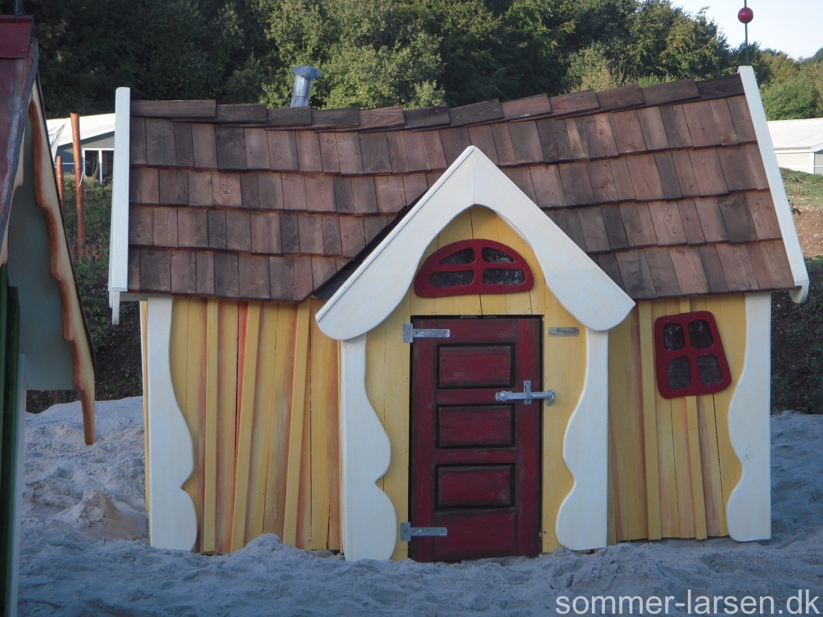 Legehus-legeplads-børnehave-vuggestue-indretning-Sommer-Larsen