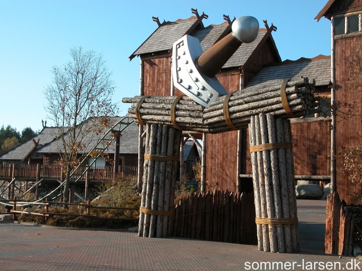 Thors-hammer-Djurs-sommerland-attraction-design