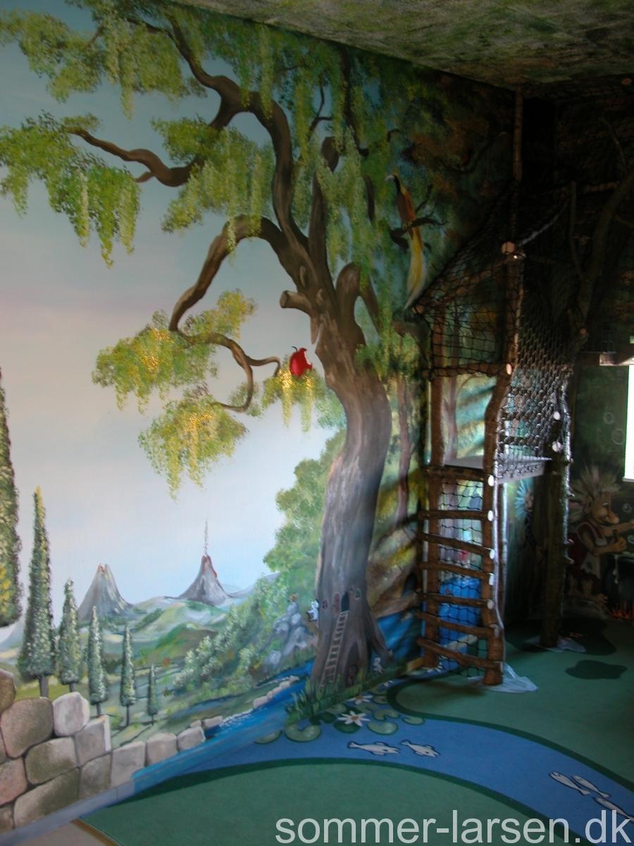 Vandløb-på-tæppe-vægmaleri-vuggestue-indretning-Sommer-Larsen