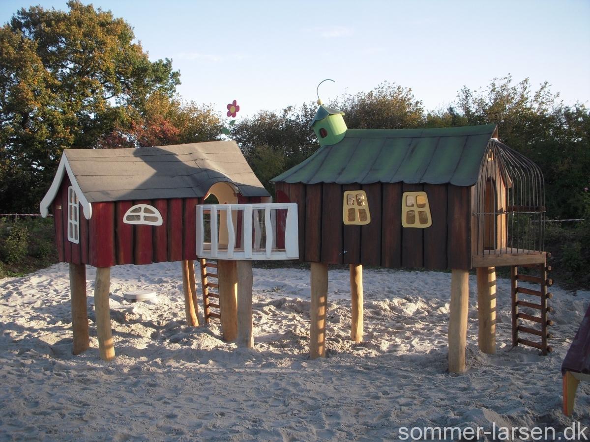 pælehus-gangbro-legeplads-indretning-børnehave-Sommer-Larsen