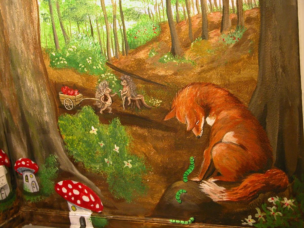 vægmaleri-troldeskov-eventyrlig-indretning-vuggestuer-børnehaver-Sommer-Larsen